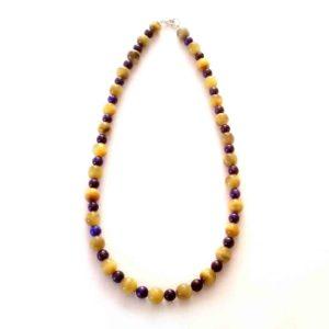 composition-collier-oeil-de-tigre-dore-et-lapis-lazuli-2