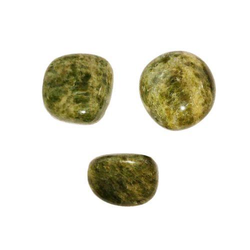 pierre-roulee-vesuvianite