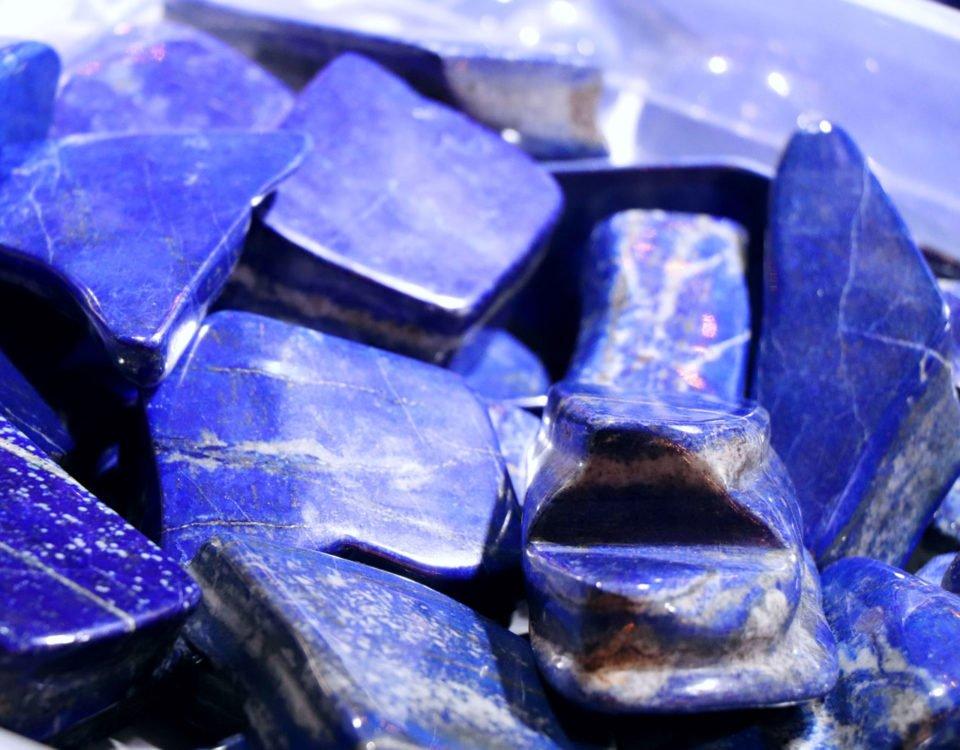 dormir avec un lapis lazuli