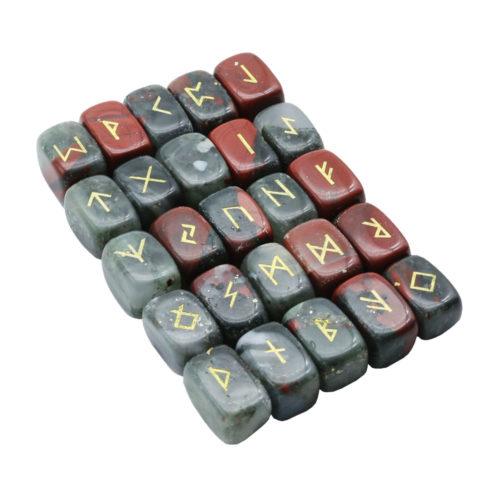 jeu de 25 runes jaspe héliotrope